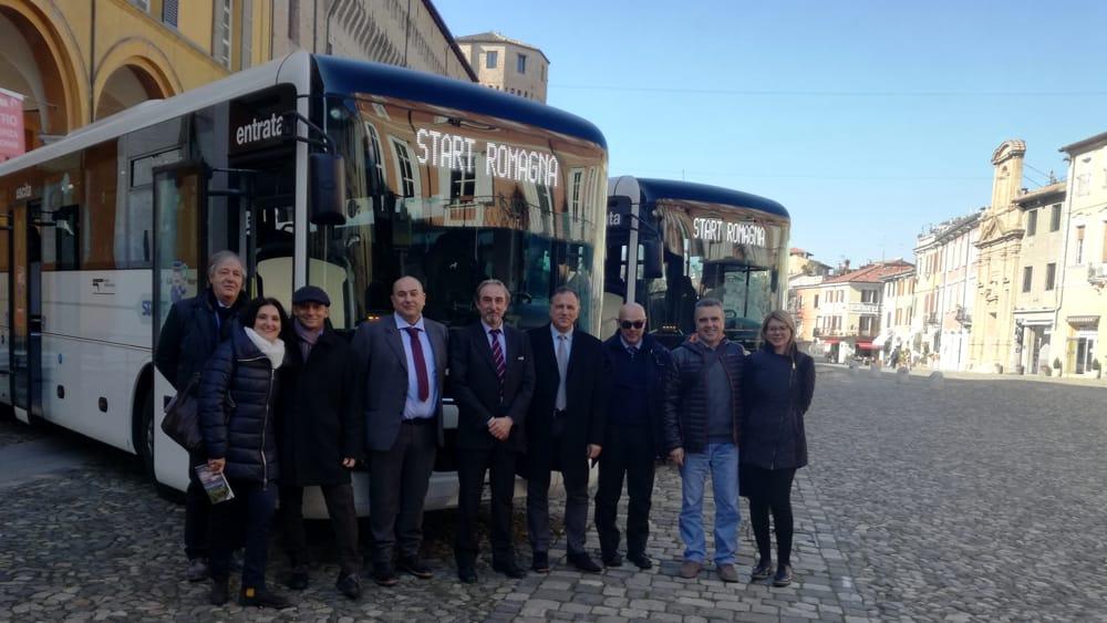 A misura di disabile ed ecologici si rinnova il parco autobus di cesena - Orari bus cesena bagno di romagna ...
