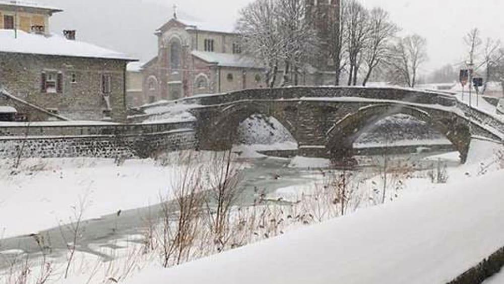 Meteo continuer a nevicare anche nelle prossime ore le - Previsioni bagno di romagna ...