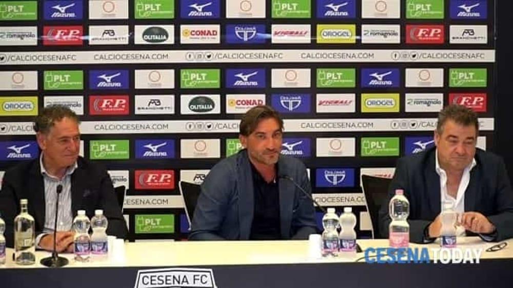 moda retrò selezione speciale di Il Cesena ha chiuso per due estremi difensori, in arrivo dal ...